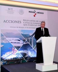 Gerardo Ruiz Esparza, durante su reunión de fin de año con los medios de comunicación.