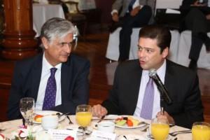 """El subsecretario Javier García Bejos encabezó la sesión para explicar el instrumento de trabajo """"Cartilla Social"""" y la Estrategia Nacional de Inclusión"""