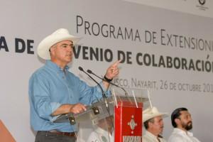 Secretario José Calzada ofreció más apoyo al campo en 2017
