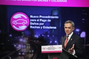 El Dr. Miguel-Angel-Mancera en la -presentacion-del-procedimiento-de-indemnizacion-por-danos-