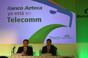 El director general de Telecomm, Jorge Juraidini, y el director general de Sistemas de Pago de Banco Azteca, Ulises Psihas, formalizaron el acuerdo